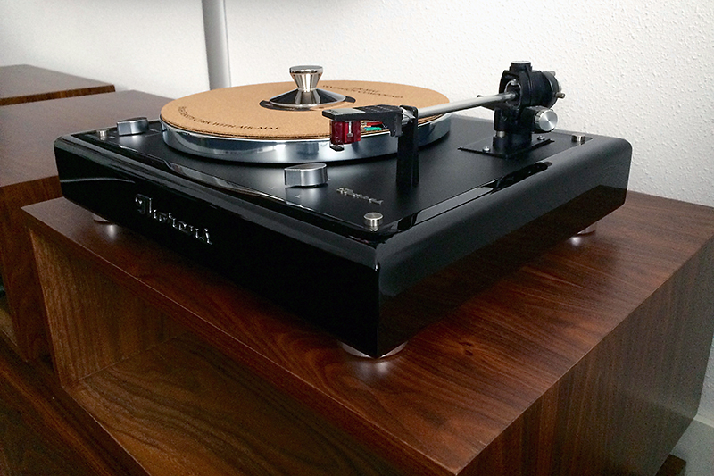 2. High Gloss Black plinth Thorens TD160 MK1